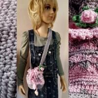 Tasche Häkelbeutel in Rosa und Grau Fantasiemuster mit 90 cm Trageband im Romantik- Look Bild 7