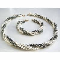 Halskette, Armband, Kunstperlen, Set, 80er, Vintage, Kordelkette, Perlenkette, zweistrangig, grau-weiß, silber, Armreif, Bild 1