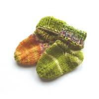 Baby-Socken, Handgestrickte Socken, Puppen-Socken, Frühchen Socken Bild 1