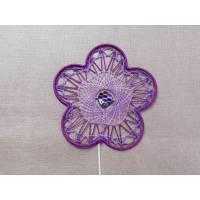Blumenstecker mit Klöppelarbeit lila violett Geburtstagsgeschenk Bild 1