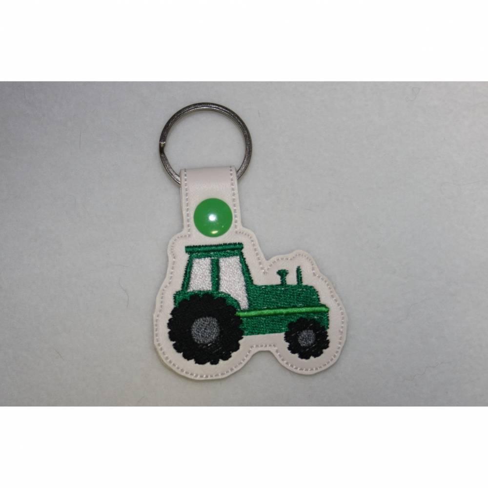 Schlüsselanhänger Traktor Trecker Bild 1