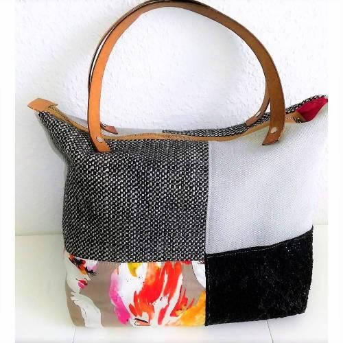 Handtasche, Schultertasche, Karo, schwarz-grau-bunt