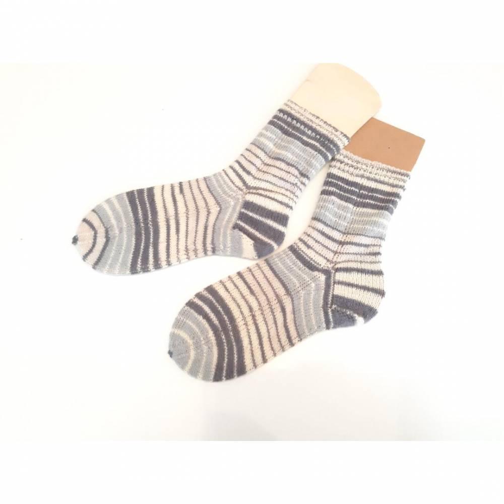 Handgestrickte Herren Socken Gr. 42/43 grau gestreift/ Handgestrickte Socken /Wollsocken/ Stricksocken/ gestrickt Kuschelsocken  Bild 1