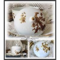 Tolle Vintage Porzellan Dose, Bonboniere und Deckel, mit herrlichen Gold / Bronze Motiven Bild 1