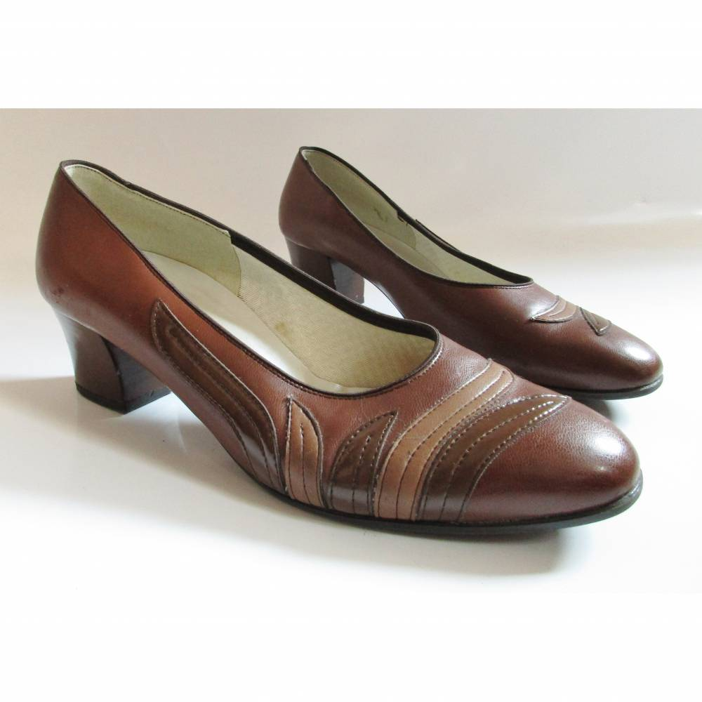 True Vintage 80er Jahre Pumps Slipper Braun Größe 40 Blätter Kunstleder Schuhe Trotteur Mom Cognac Bild 1