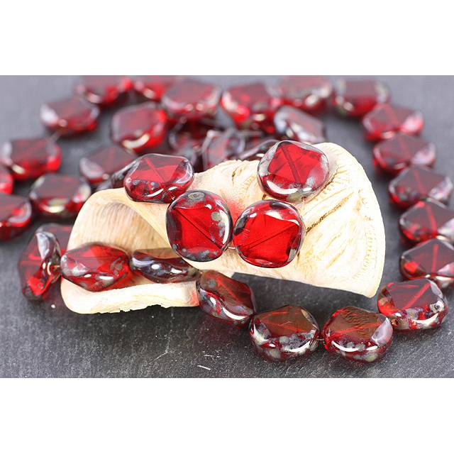 Böhmische Glasperlen, rot, geflammt, 15mm, 6 Stück Bild 1