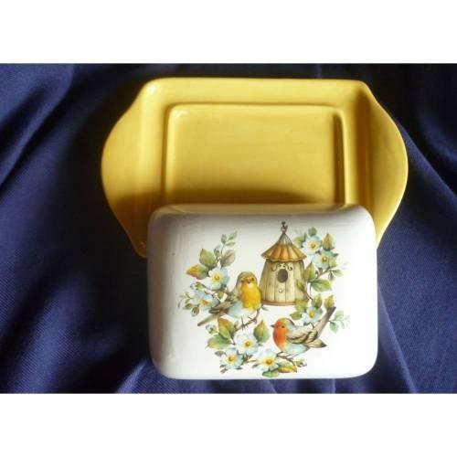 Butterdose Rotkehlchen,Vogelhaus,Frühling,Blumen,Kaffeetafel,Frühstück,
