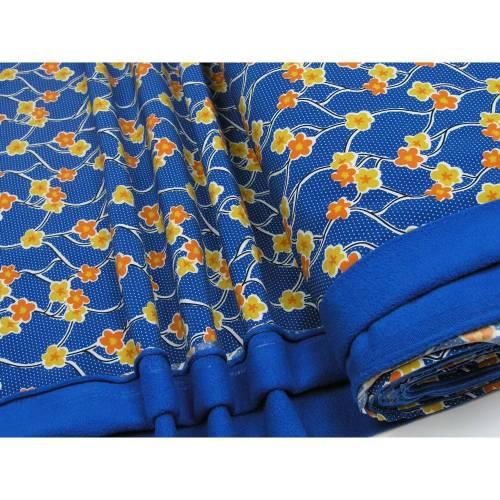 Softshell Blüten und Ranken auf blau 0,5m