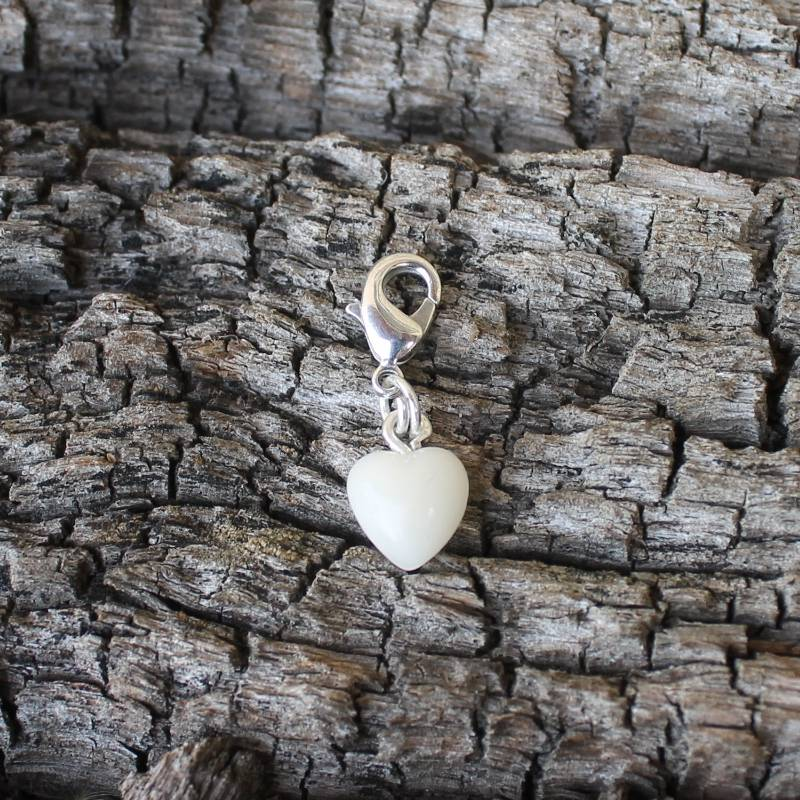 Charmanhänger Herz aus deiner Muttermilch Bild 1