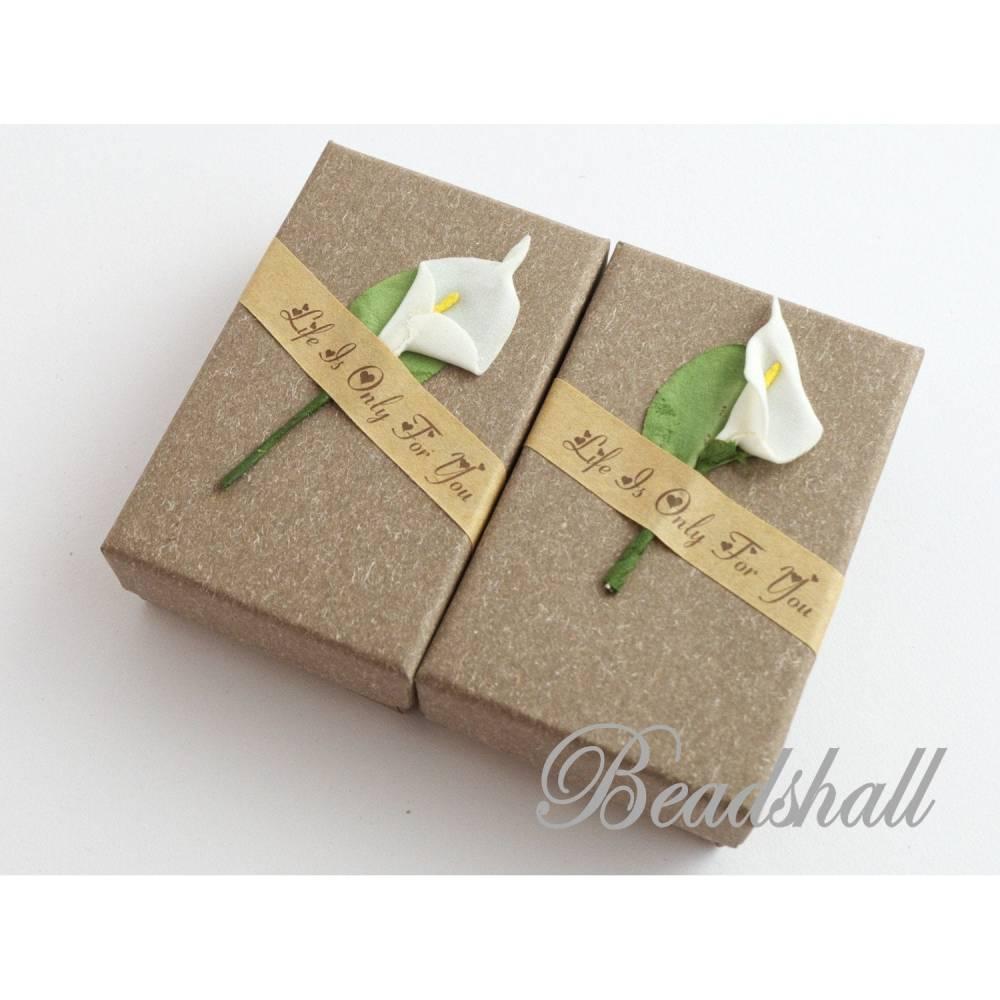 2 Geschenkschachteln Taupe Schmuckschachteln mit Blume Calla Geschenkverpackung Bild 1