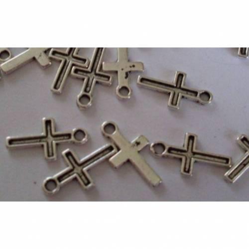 25  Anhänger, Kreuz, Kruzifix, Vintage-Stil, silber, Religion, charm, charms, kreuz klein