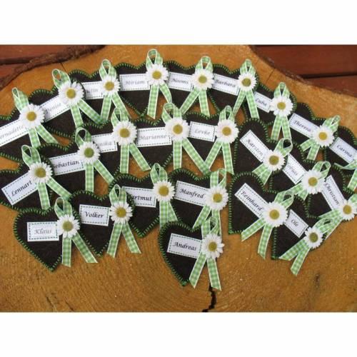Oktoberfest-Anstecker Dirndl-Brosche Namensschild, Filz  für Veranstaltungen, Hochzeit, Geburtstag, Personalisierung, Logo