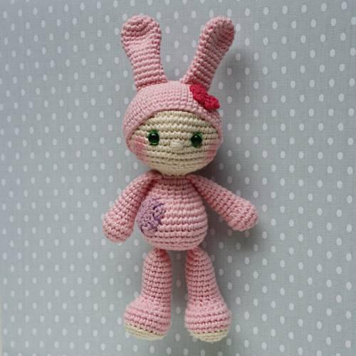 Häkelspielzeug Tierbaby Hase rosa aus Baumwolle Handarbeit