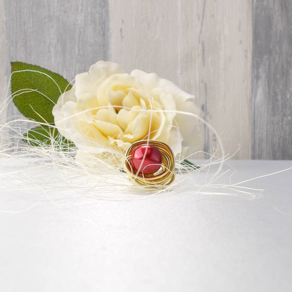 Ring, Fingerring, Damenschmuck, Alu,  rot, modern, Geschenk für, Schmuck Bild 1