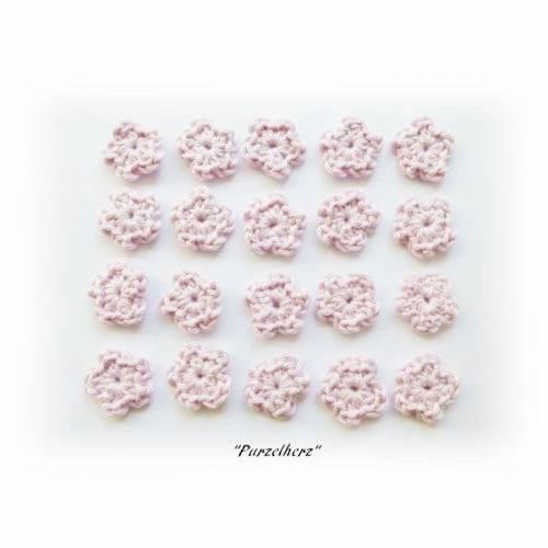 20 handgehäkelte Streublümchen zum Aufnähen - Tischdeko Taufe - rosa