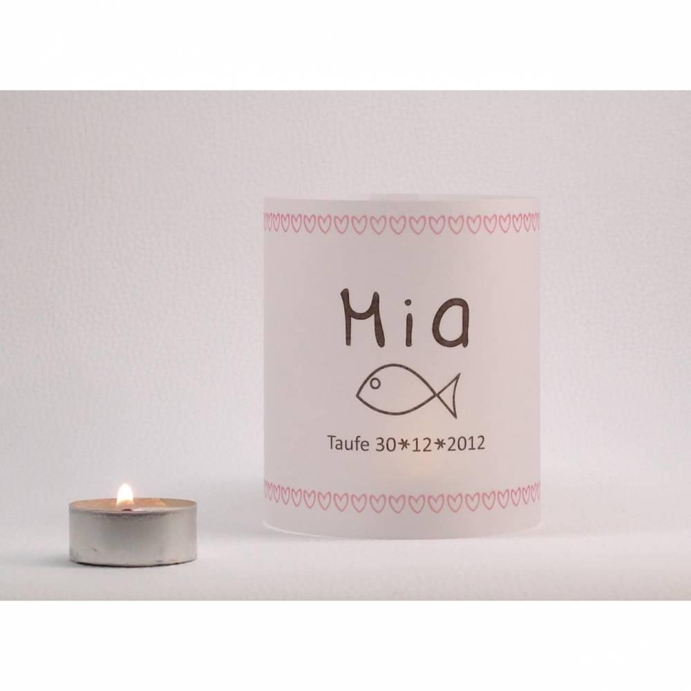 individuelles Licht zur Taufe mit rosa Herzen Bild 1