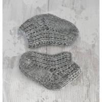 Babysocken gestrickt 0 bis 3 Mon, Grau 100% Wolle vom Merinoschaf Bild 1
