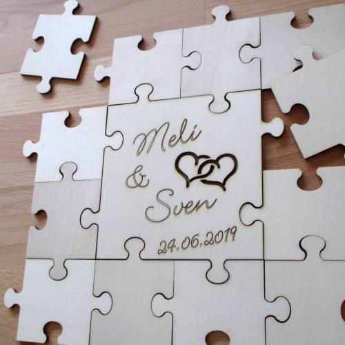 Hochzeits- Gästepuzzle aus Holz, 13-teilig 4 x 4