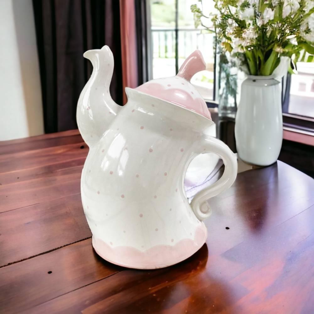 tanzende Teekanne ,rosa, Punkte, 1,5l, aus Keramik, handbemalt Bild 1