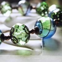Glasperlenkette Morgentau,mit grünen und blauen Hohlperlen Bild 1