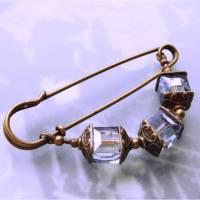 Anstecknadel wasserblauer Kristall Würfel Bild 1