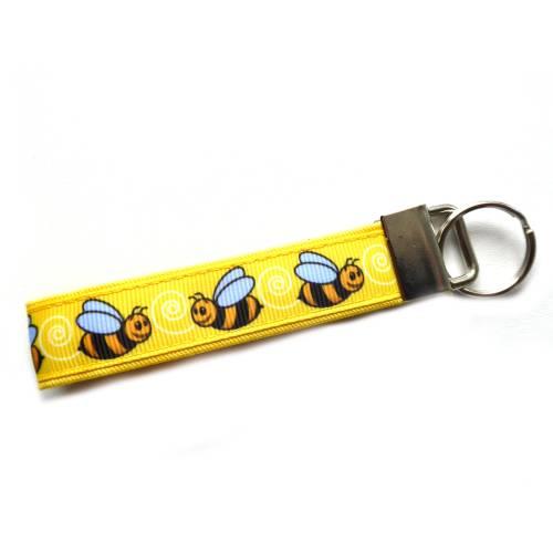 """kleiner Schlüsselanhänger Schlüsselband Anhänger """"Biene"""" in gelb oder gelb/hellblau aus Baumwollstoff und Ripsband"""