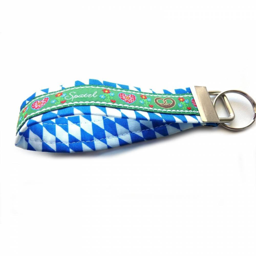 """Schlüsselanhänger Schlüsselband """"Herzilein"""" in grün oder weißblau/grün Anhänger Tracht Oktoberfest Bayernraute Spatzl Brezel Herz Geschenk Bild 1"""