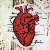 Aufnäher gestickt Menschliches Herz Applikation Bild 1