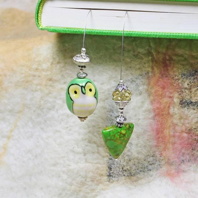 Lesezeichen grüne Eule mit Mosaikstein Bild 1