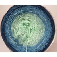 Farbverlaufsbobbel Karlems Bobbel 3fädig blau türkis grün 200 Gramm Bild 1