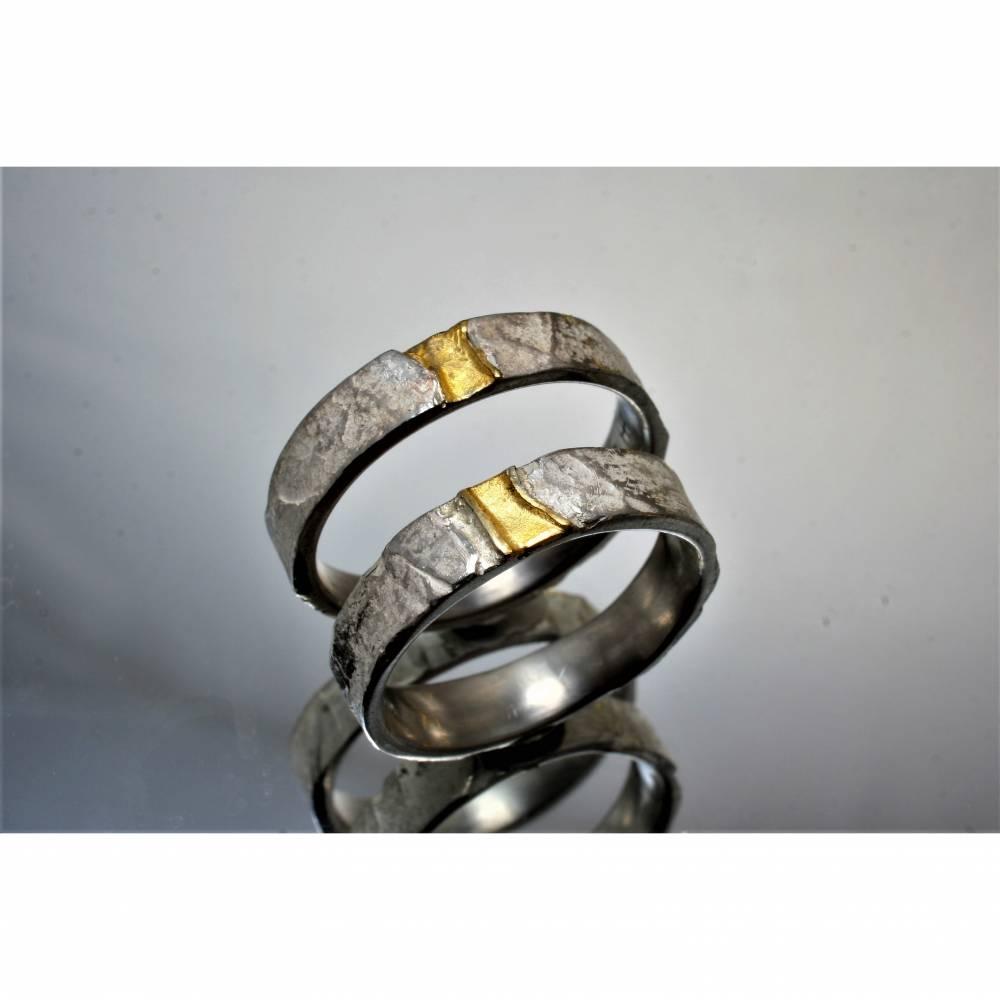 Partnerringe in silber und Gold Bild 1