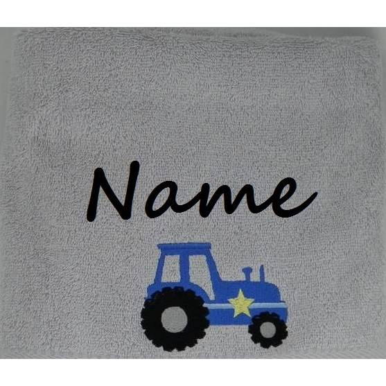 gestickter Traktor auf Duschtuch, personalisiert inkl. Wunschname, Baumwollhandtuch, individuell, von Dieda Bild 1