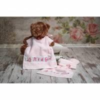 """Set Lätzchen, Gästehandtuch und Waschhandschuh, handbestickt, """"It`s a Girl"""" und Motiv, Geschenkidee Baby Mädchen, rosa Bild 1"""