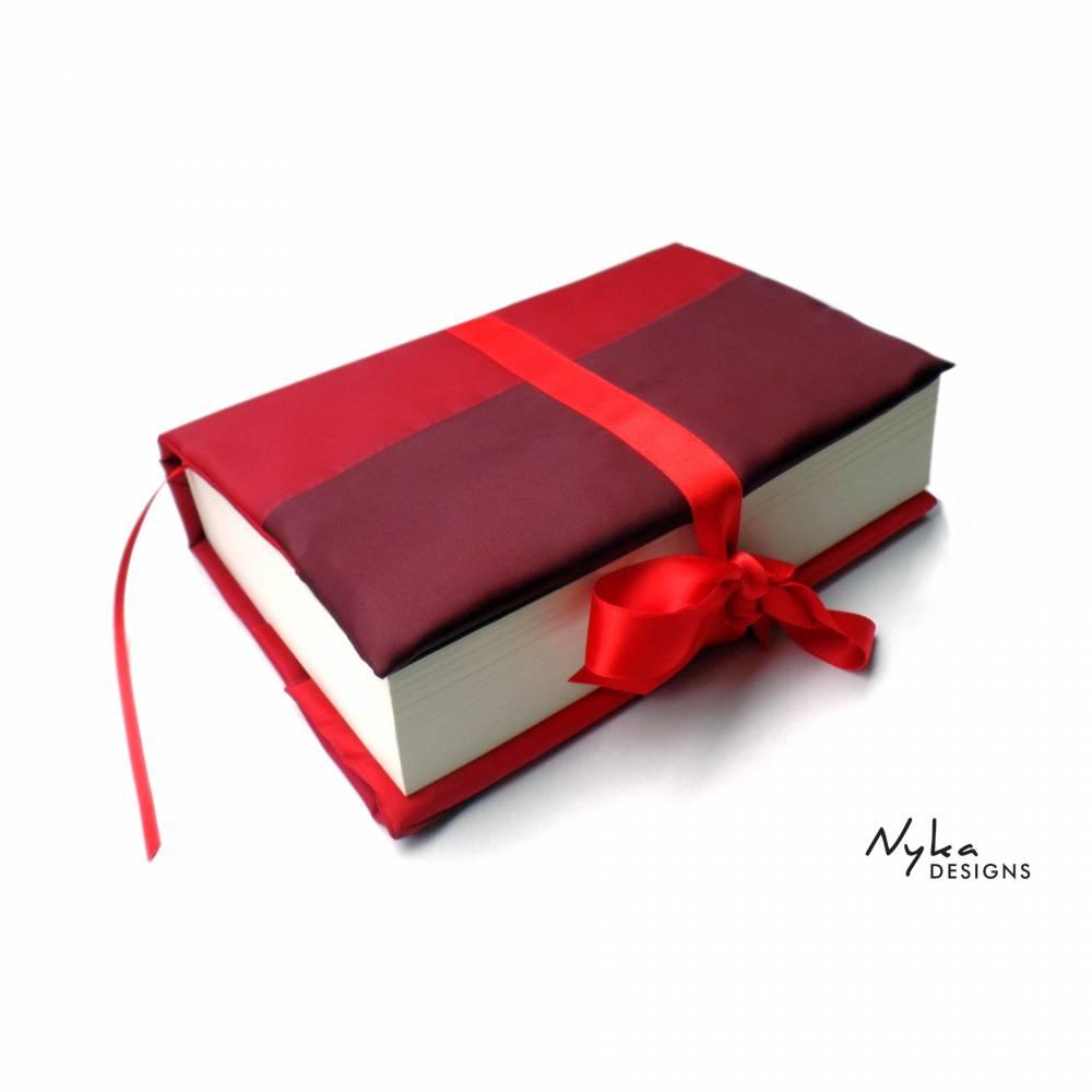 Upcycling Buchhülle Buchumschlag aus rotem Regenschirm, für gebundene Bücher und Taschenbücher Bild 1