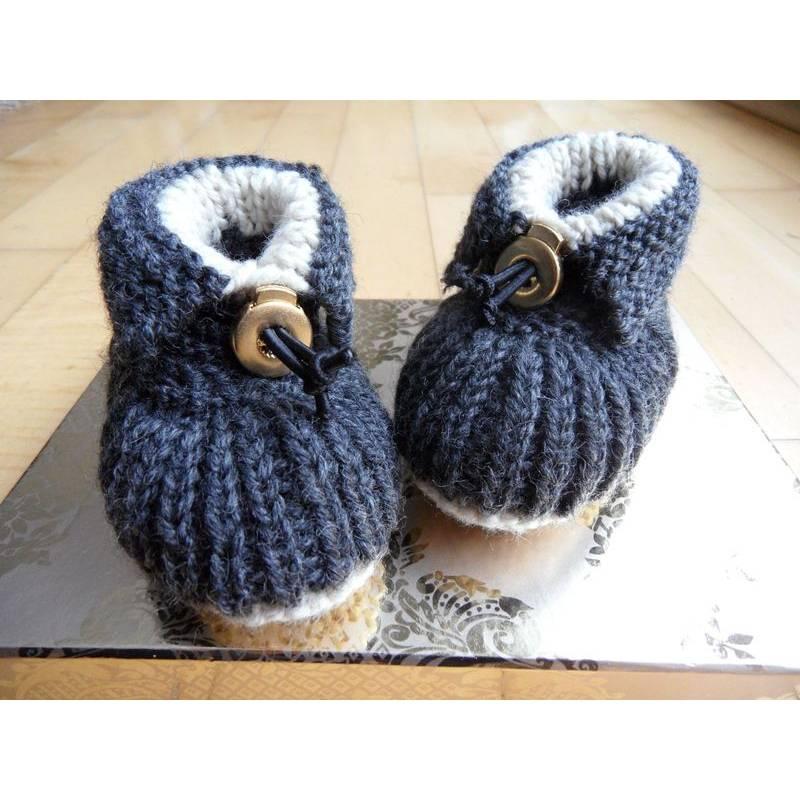 Babyschuhe, gestrickt, warm aus Wolle (Merino), Größe nach Wahl. Bild 1