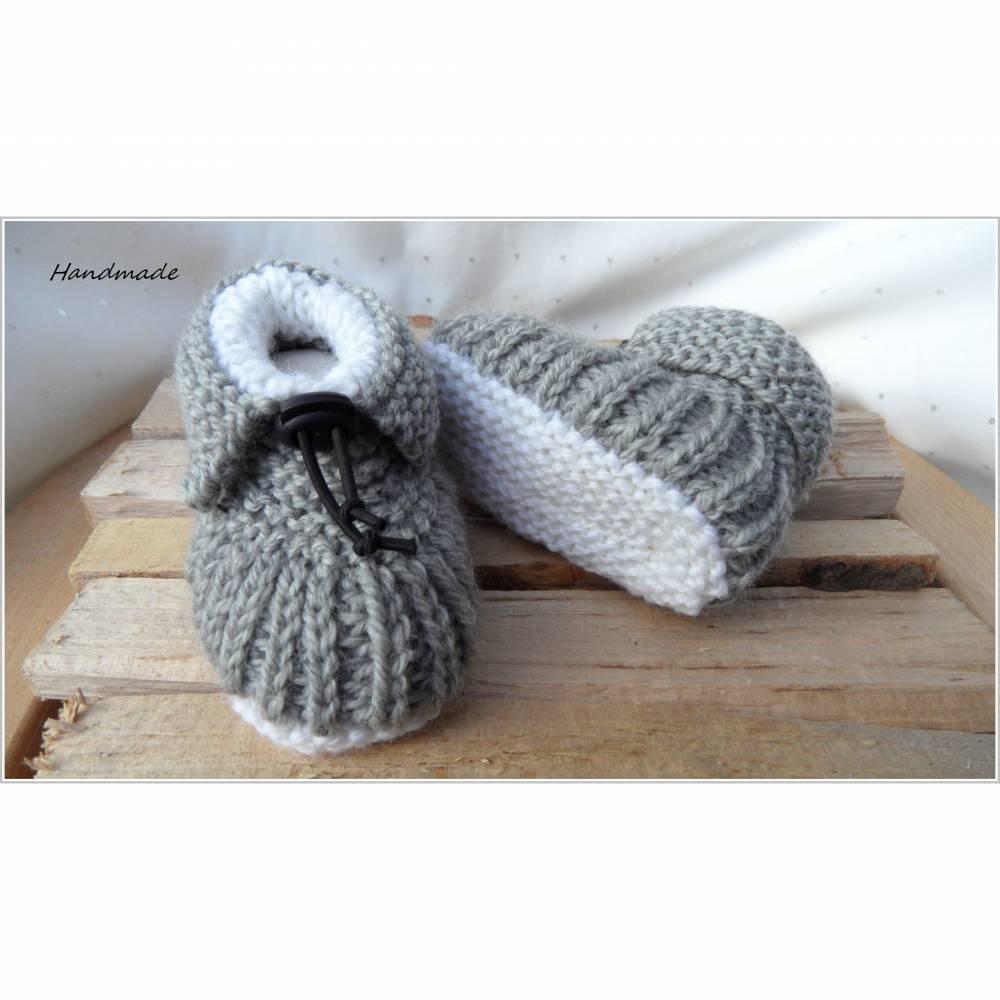 Gestrickte Babyschuhe - warm - Schurwolle - grau Bild 1