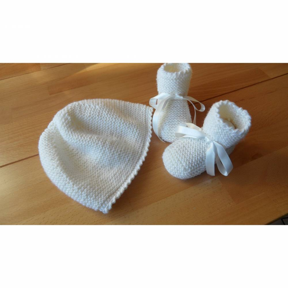 Babyset für die Taufe, weiß. Taufmütze Taufschuhe Merinowolle  Bild 1