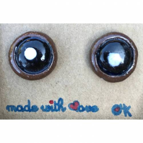 Runde Keramik-Ohrstecker aus braunem Ton, schwarz-weiß glasiert, Unikate