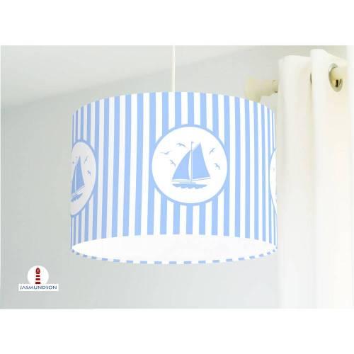 Lampe für Kinderzimmer mit Segelbooten und Streifen in Hellblau aus Baumwollstoff - alle Farben möglich
