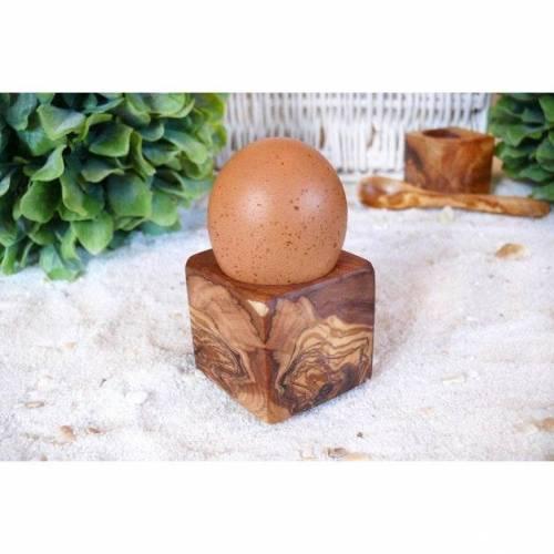 Eierhalter Würfel aus Olivenholz