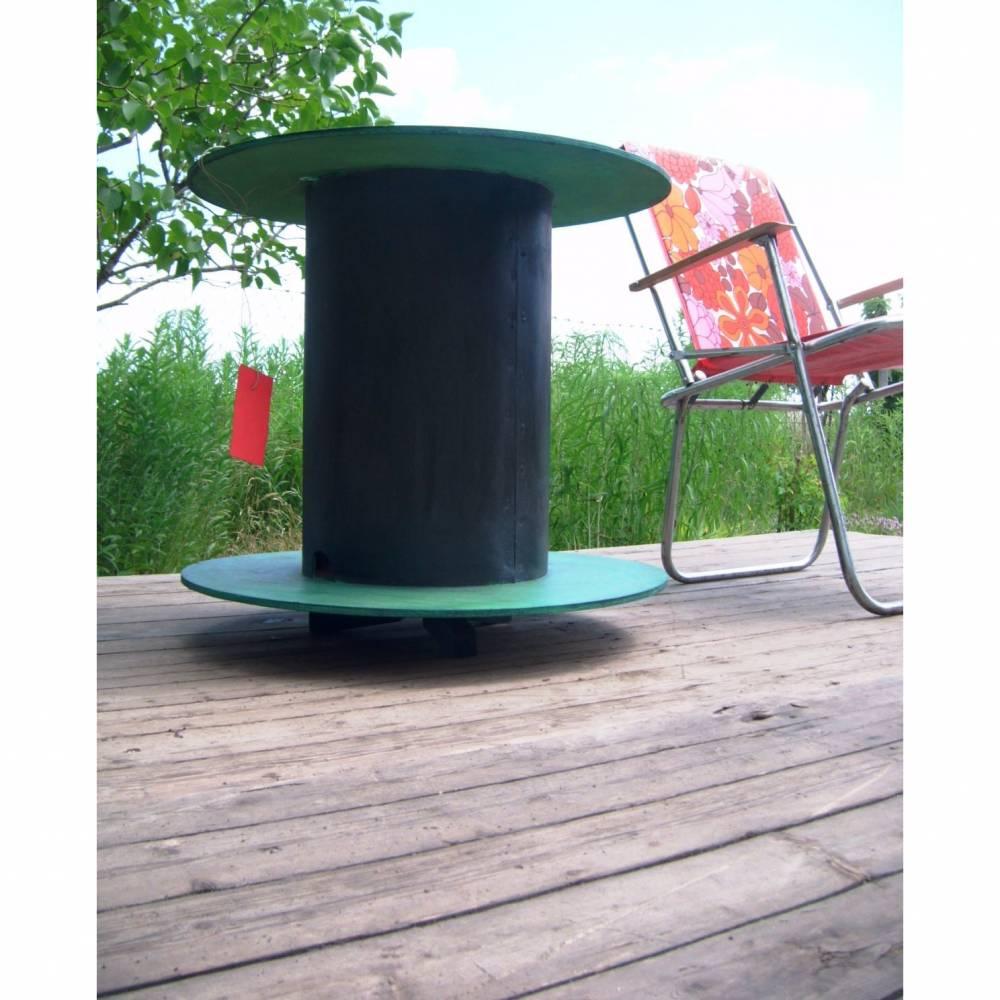 Shabby Chic Beistelltisch Vintage Kabeltrommel, Loft Möbel Couchtisch rund *Working Class* Shabby Chic Handarbeit von pimp-factory Bild 1