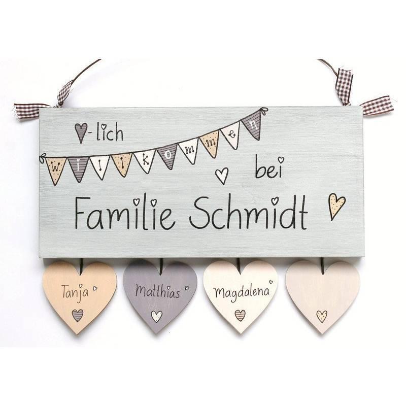 Türschild Familie Holzschild Wimpelkette personalisiert mit Herzanhänger Bild 1