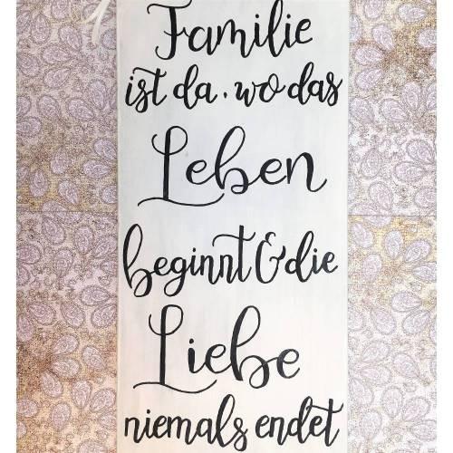 """Holzschild, handbemalt, """"Familie ist da, wo..."""", Schriftzug, Spruchschild, Geschenk zur Geburt oder Hochzeit, Shabby, Wanddeko, Schild,"""
