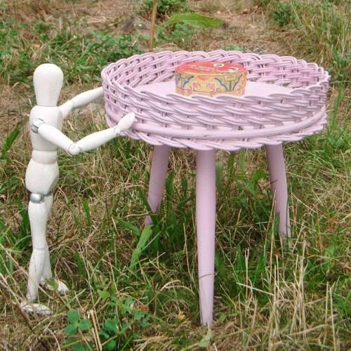Beistelltisch, Blumentisch 50er Jahre, Kreidefarbe  *lovely Rose* Shabby Chic Handarbeit von pimp-factory