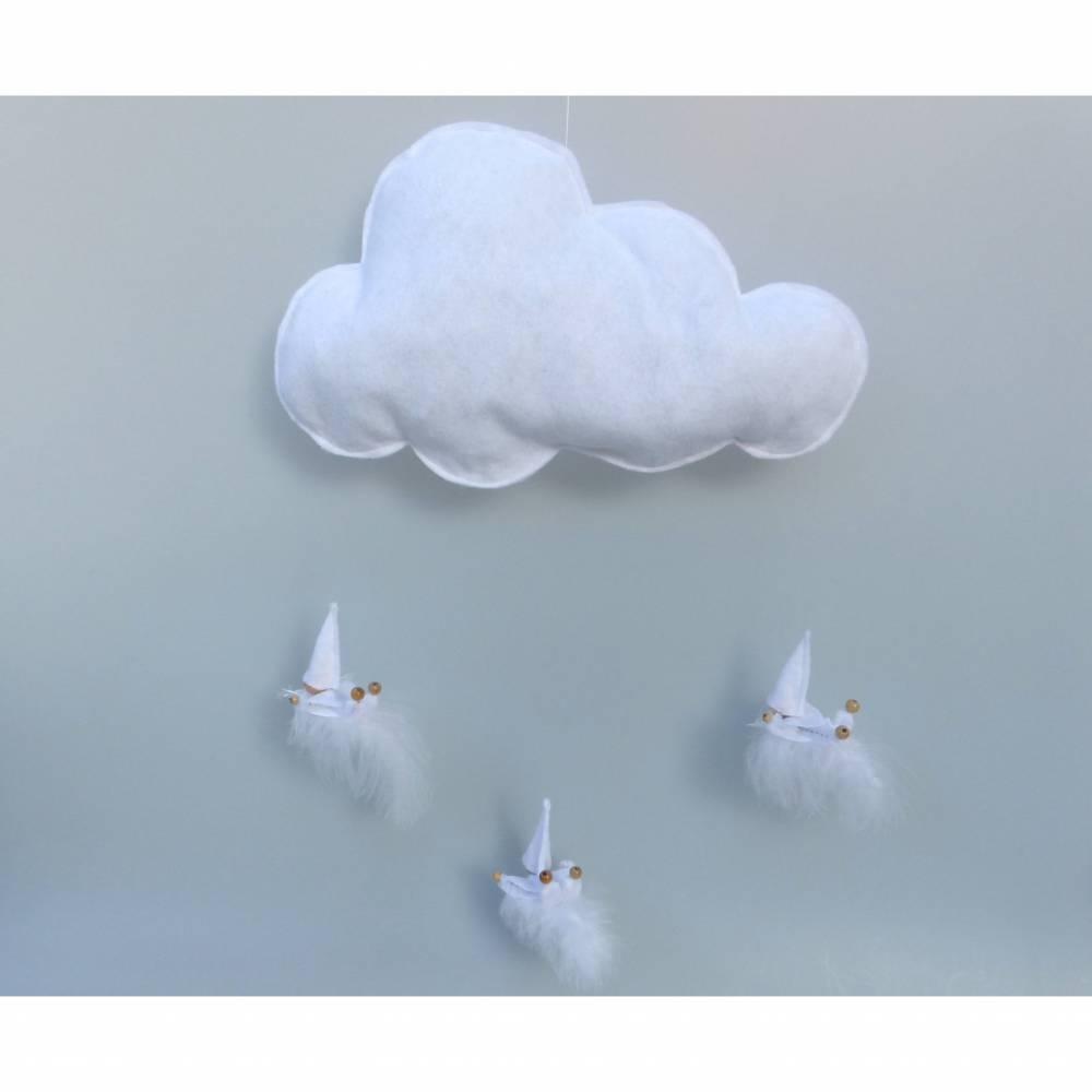 Mobile-Wolke mit Wichtel-Zwergen auf Feder, Geschenk Geburt, Taufe Bild 1