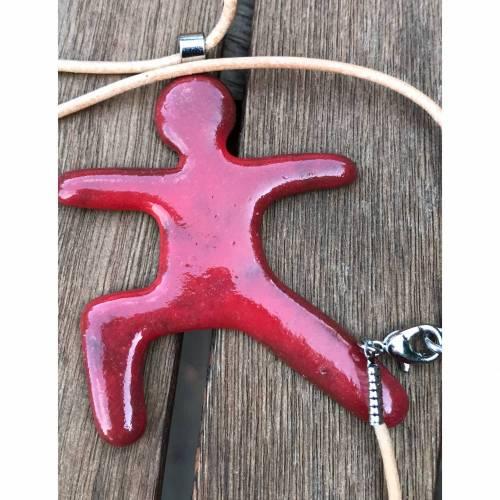 Schmuckband mit Yogafigur aus Keramik (Rot)