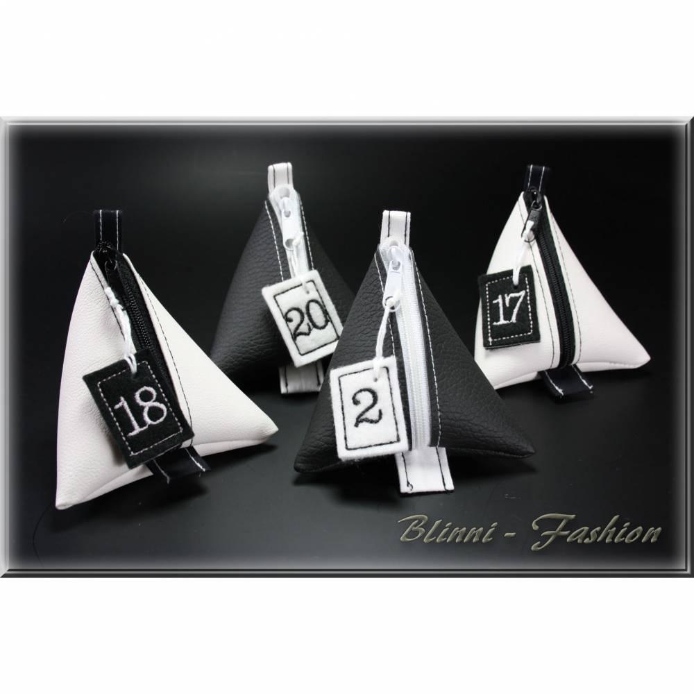 Adventkalender PURIST mit gestickten Zahlen, 24 Pyramiden Säckchen für Kinder und Erwachsene, Weihnachten, Advent Bild 1