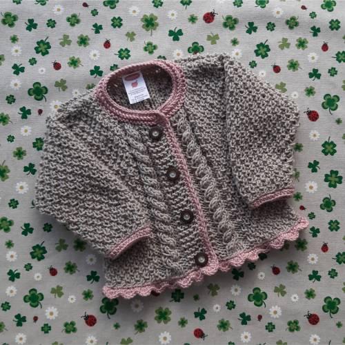 Pullover mit Zopfmuster ab Größe 62/68 bis Größe 98/104 braun grün trachtenjacke für junge getrickt geschenk geburt taufe taufkleidung