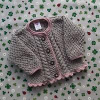 Pullover mit Zopfmuster ab Größe 62/68 bis Größe 98/104 braun grün trachtenjacke für junge getrickt geschenk geburt taufe taufkleidung  Bild 4
