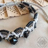Fussband mit metallic und schwarzen Glas-Perlen - Größenverstellbar - Makramee - Koboldmakielfe Bild 1